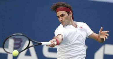 Federer enmudece a Kyrgios y está en octavos del US Open