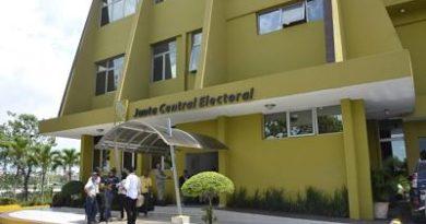El pleno de la JCE ordena investigar veracidad de vídeo mochila