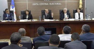 Junta Central convoca a partidos para trabajar en aplicación de Ley de Partidos
