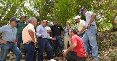 Medio Ambiente busca soluciones para Sierra de Bahoruco