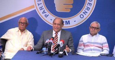 PRM exige a instituciones una exhaustiva auditoría sobre licitación mochilas