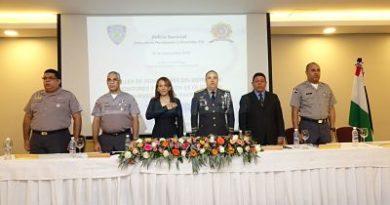 Policía Nacional capacita a sus miembros en programa de gestión pública