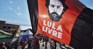 """El Partido de los Trabajadores de Lula asegura que luchará """"por todos los medios"""" por su candidatura presidencial"""