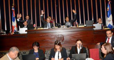 Senado recibe proyecto de Ley de Presupuesto para el 2019 por un monto de 921 mil 810 millones de pesos