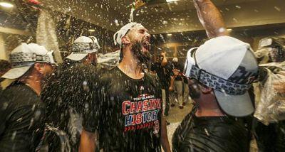 Boston, acérrimos rivales de los Yankees, lo eliminan en su casa