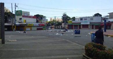¡Cuidado! Disturbios en la sede central de la UASD, suspensión en los centros regionales