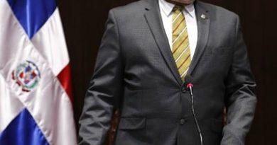 Radhamés Camacho insiste en compromiso de mejorar la imagen de la Cámara de Diputados