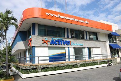 El Banco Múltiple Activo amplía sutamaño comprando aBanco Banaci