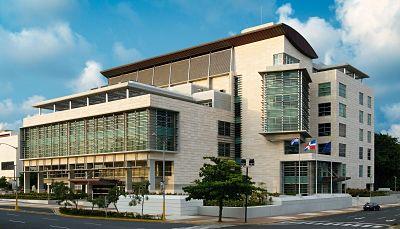 Ministerio Público localiza y deporta a Estados Unidos a ciudadano puertorriqueño buscado por muerte de dos personas