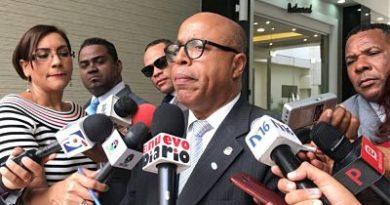 Pacheco califica de abusiva comercialización precios de los combustibles en el país