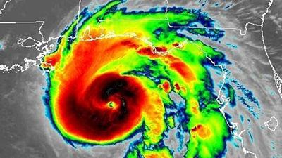 Michael se convierte en un huracán extremadamente peligroso de categoría 4