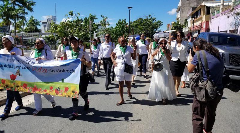 P. RICO: Dominicanas realizan Marcha de las Novias