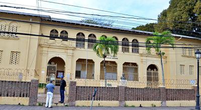 Escuela Emilio Prud Homme está en abandono