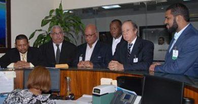 PRD entrega Tribunal Superior Electoral documentos de su reforma estatutaria