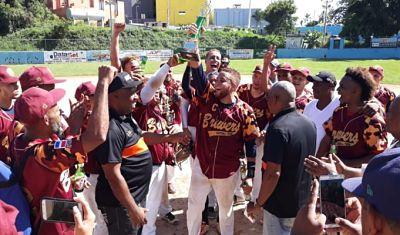 Brewers se corona campeón del XIV Torneo de Sóftbol Chata