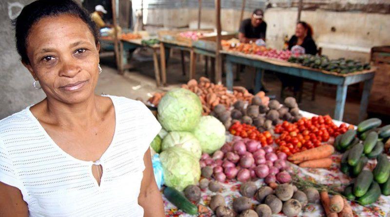 El Gobierno y la banca dominicana se enfocan al microcrédito