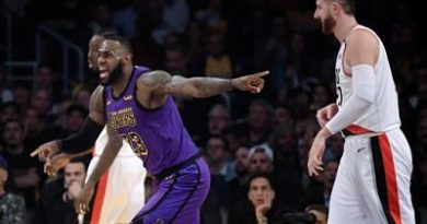 LeBron anota 44 y supera a Chamberlain y Lakers vencen a Blazers