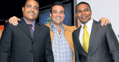 Archie López anuncia rodara Lotoman 4