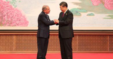 Relaciones dominico-china, entre la potencia e impotencia