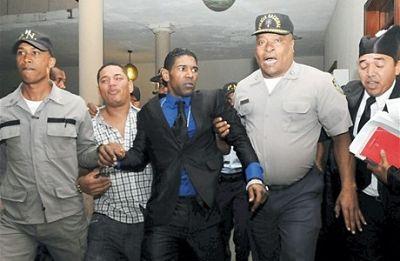Buscan libertad de Omega tras cumplir mitad de su condena en La Victoria