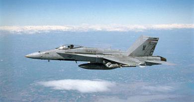 Un avión militar de EE.UU. se estrella en Japón