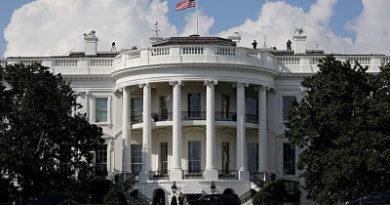 La Administración Trump vuelve a aplicar todas las sanciones antiiraníes levantadas en 2015