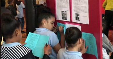 Niños dominicanos plasman experiencias de inmigrantes en libro donde narran sus historias