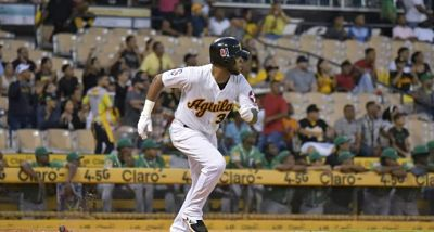 Luis Valenzuela remolca tres carreras en victoria de Águilas ante Estrellas
