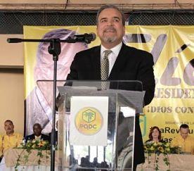 Eligen a Elías Wessin Chávez como candidato presidencial del PQDC
