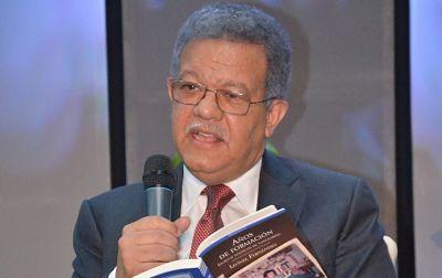 Leonel Fernández considera acertada decisión gobierno de no firmar pacto