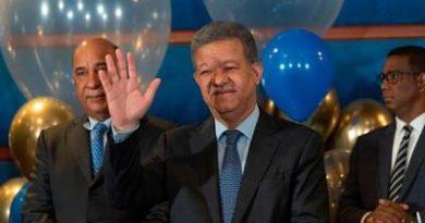 """Leonel arriba a 65 """"con vigor y entusiasmo"""" y rodeado de los suyos"""