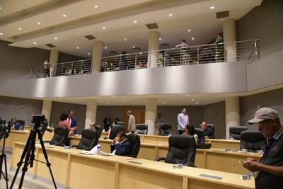 PRM sancionaría a regidora que votó contra plebiscito en SDE