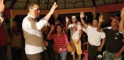 Renuncian del PLD y del PRM para apoyar a Carlos Peña