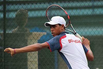 José Olivares va semifinales del Futuro F2