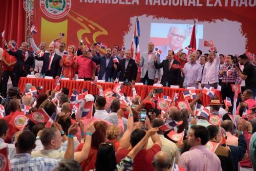 PRSC aprueba modificar estatutos y propone Tercera Vía Electoral