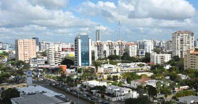 Moody's prevé estabilidad en Latinoamérica, pero más restricción del crédito
