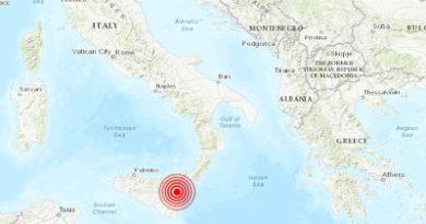 ALERTA :Graves daños tras un sismo de magnitud 5,1 cerca del volcán Etna en Italia