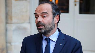 """Primer ministro francés recibe a los partidos sobre la crisis de los """"chalecos amarillos"""""""
