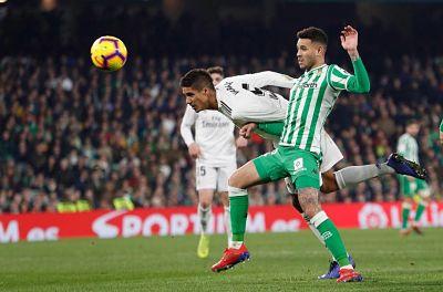 Ceballos rescata al Real Madrid y dupla Messi-Suárez hace más líder al Barça