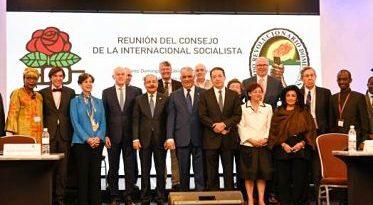 Danilo Medina apuesta a la unidad y al consenso en los partidos políticos