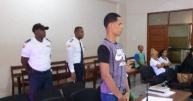 Tribunal dicta cinco años de prisión contra hombre acusado de matar agente de PN en SFM