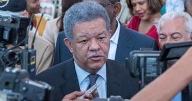 Leonel Fernández asegura que el PLD se mantendrá unido y ganará