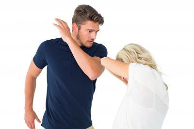 Si un hombre ama a una mujer fuerte NO hace esto