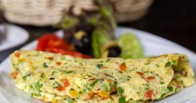 Tortilla de alcachofas y queso