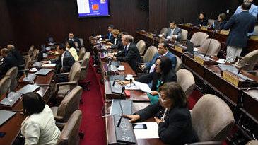 Voto de arrastre divide a diputados