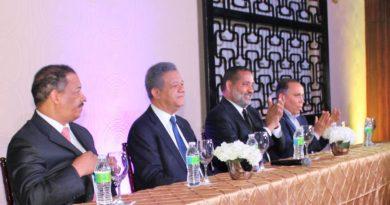 Expresidente Tribunal Electoral anuncia apoyo a Leonel Fernández; defiende respeto a la institucionalidad y estado de derecho