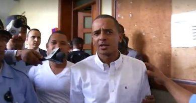 Madre de Yimi Zapata reclama su libertad tras haber cumplido la condena de un año