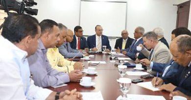 Diputados escuchan posición Anadegas sobre la comercialización de los combustibles