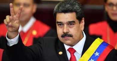 """Nicolás Maduro dijo que la oposición tiene a """"un presidente de la república de Wikipedia"""""""