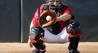 El béisbol profesional busca evitar el robo de señales a los receptores